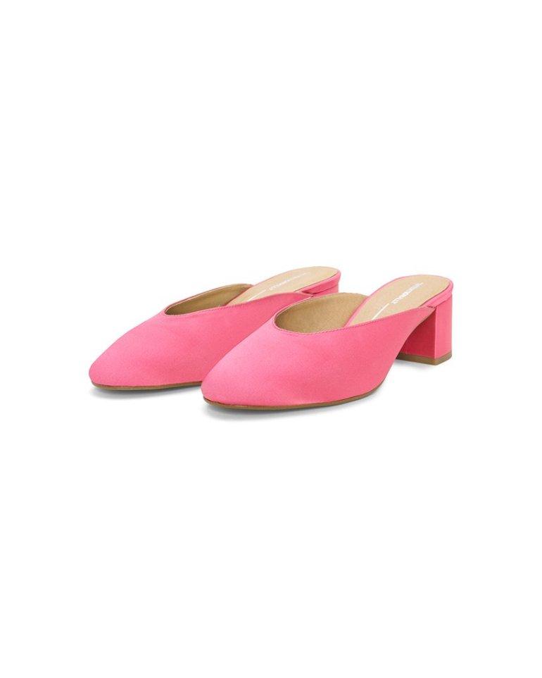 bando pink block kitten heels cute quirky valentine's day accessories fashion style