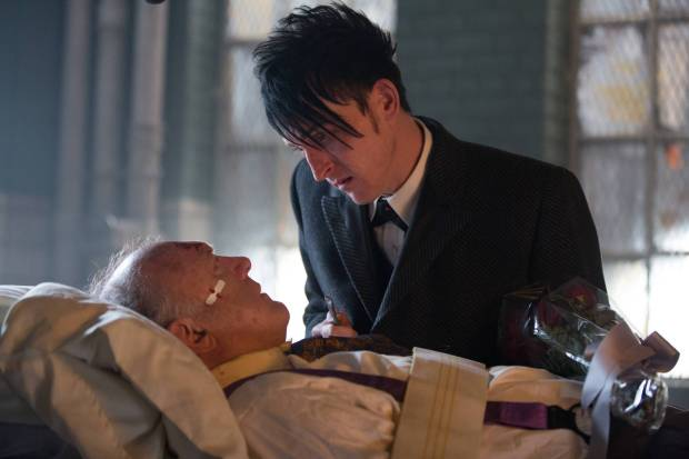 GOTHAM: Oswald Cobblepot (Robin Lord Taylor, R) pays a special visit to Carmine Falcone (John Doman, L) in the ÒAll Happy Families Are AlikeÓ episode of GOTHAM airing Monday, May 4 (8:00-9:00 PM ET/PT) on FOX. ©2015 Fox Broadcasting Co. Cr: Jessica Miglio/FOX