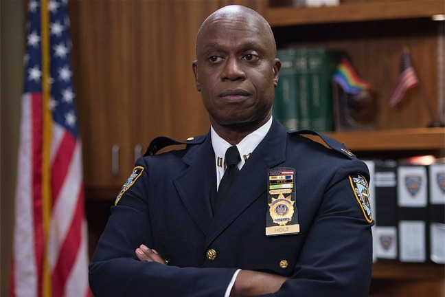 brooklyn-nine-nine-andre-braugher_featured_photo_gallery