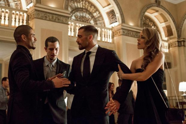 still-of-jake-gyllenhaal,-rachel-mcadams-and-miguel-gomez-in-southpaw-(2015)