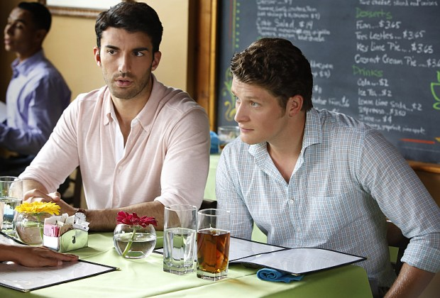 "Jane The Virgin -- ""Chapter Twenty-Four"" -- Image Number: JAV202a_0115.jpg -- Pictured (L-R): Justin Baldoni as Rafael and Brett Dier as Michael -- Photo: Greg Gayne/The CW -- © 2015 The CW Network, LLC. All rights reserved."
