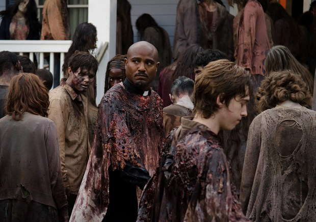the-walking-dead-episode-608-gabriel-gilliam-935