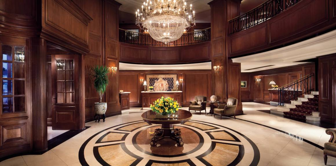 original_Ritz_Carlton_Santiago_-_entrance
