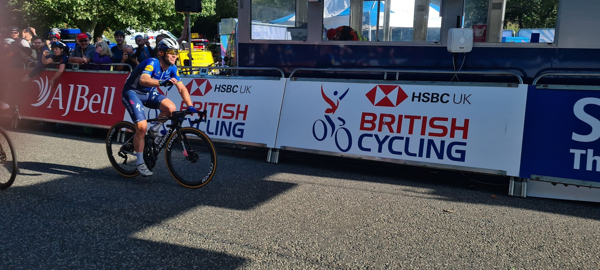 pro bike racer mark Cavendish