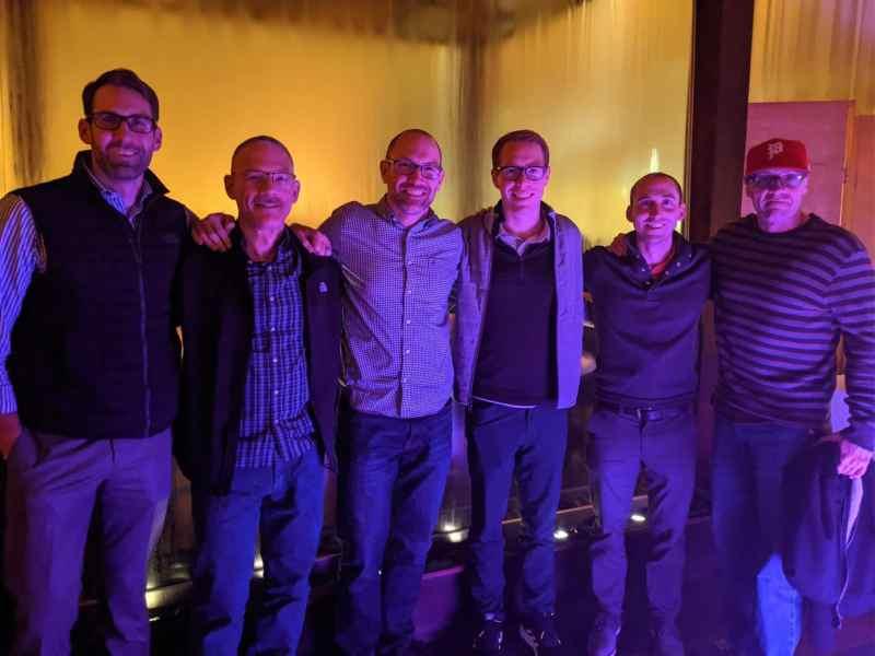 Group of DIRT Zwift team members