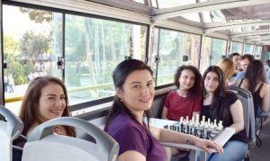 ajedrez en autobus