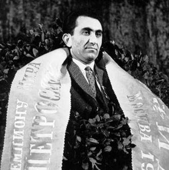 Petrosian campeón