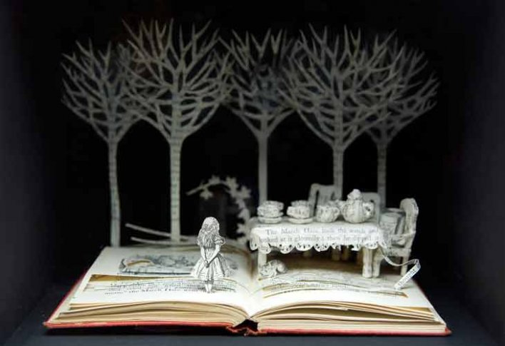 Book Sculptures by Su Blackwell