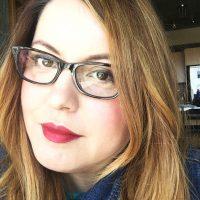 Author Cassia Leo