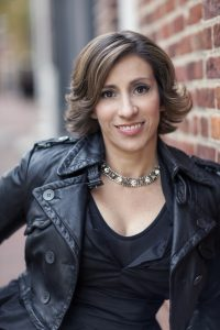 Author Kami Garcia