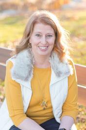 Author Ellie Pond