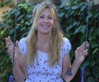 Author Patricia Yager Delagrange