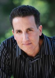 Author Rich Amooi