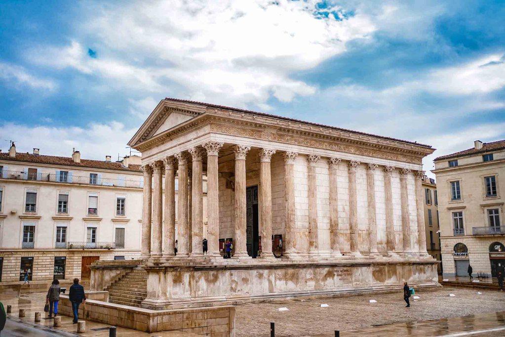 La maison carré de Nîmes - Temple Romain