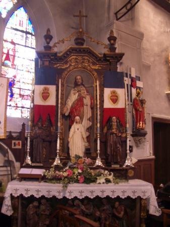 L'autel du Sacré-Coeur - Thiberville