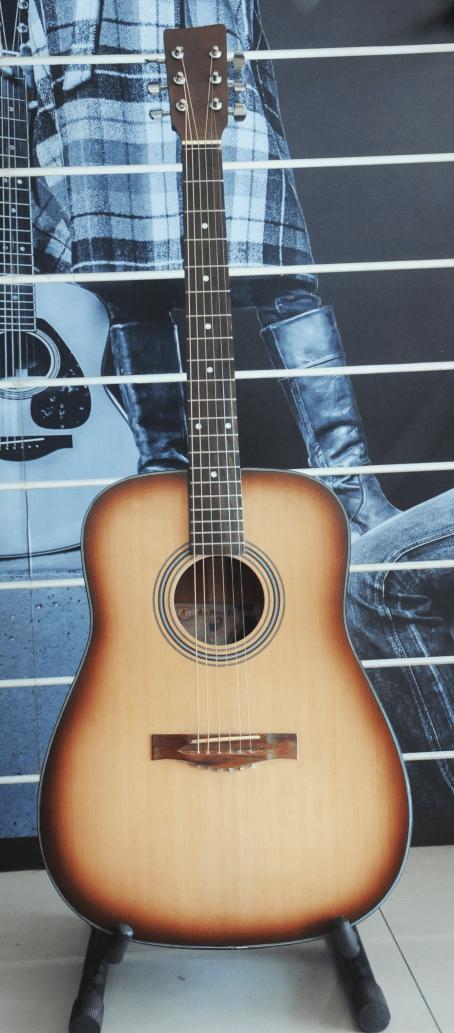Đàn guitar giá rẻ M67