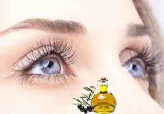 Cách dưỡng lông mi mau dài hơn bằng dầu oliu: