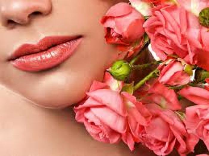 Trị môi thâm-Cho bạn một đôi môi hồng, tươi sáng luôn tạo sức hút