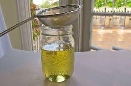 Cách làm tinh dầu bưởi bằng dầu nền