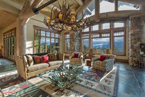Big EZ Lodge in Montana