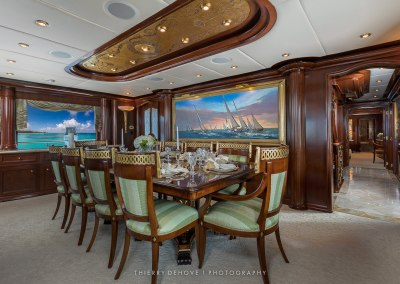 Trinity Motor Yacht Big Zip 142