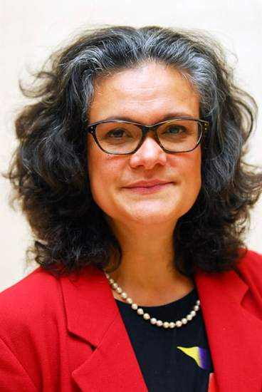 Emily Holzhausen image