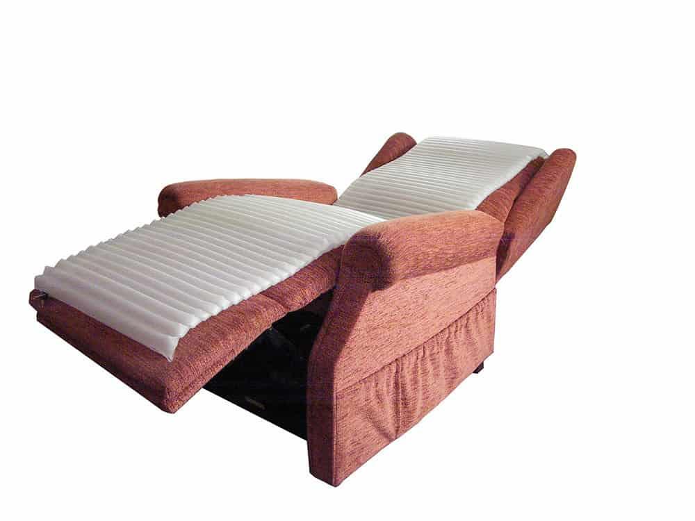 Recliner-slim-mattress-supine