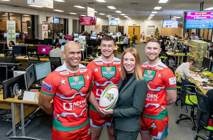 Acorn Stairlifts sponsors Keighley Cougars rugby team image
