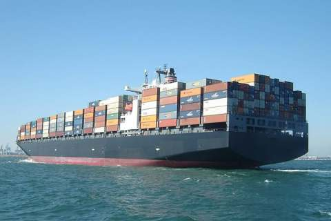 Export container ship