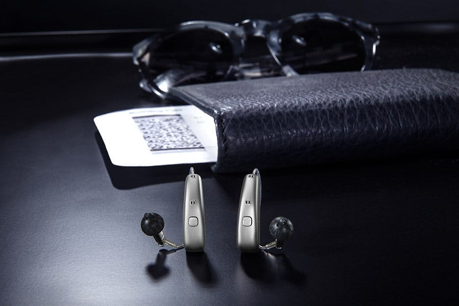 WIDEX MOMENT hearing aids image
