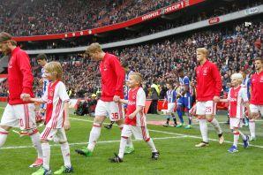 Ajax-Heerenveen2017-kids_12