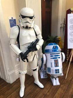 #MausWedding19 Stormtrooper and R2-D2