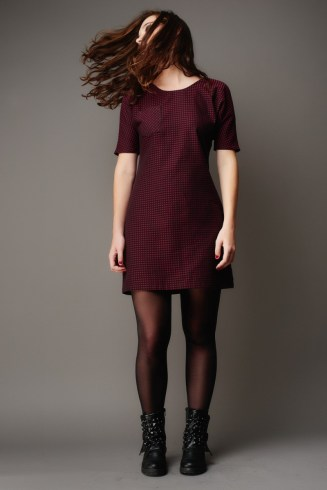 image is a product of deer and doe, found here https://shop.deer-and-doe.fr/en/sewing-patterns/27-arum-dress-pattern.html