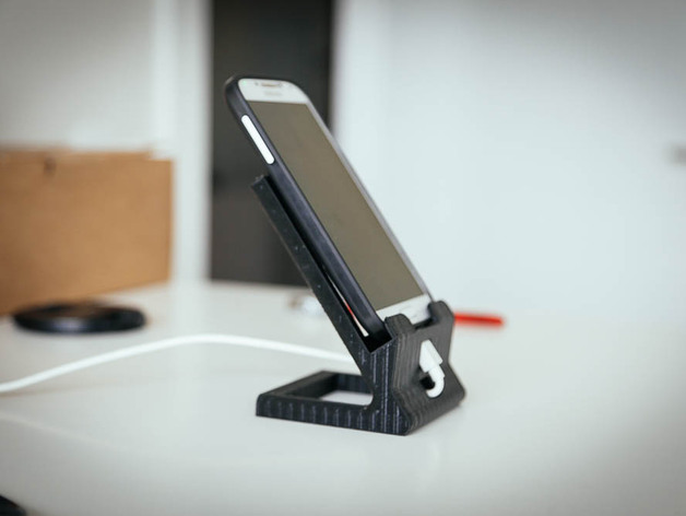 Standard smartphone dock by marcx  Thingiverse