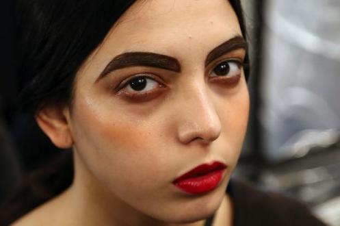 Dark Eyebrows