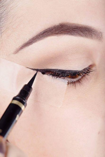 Tape Eyeliner