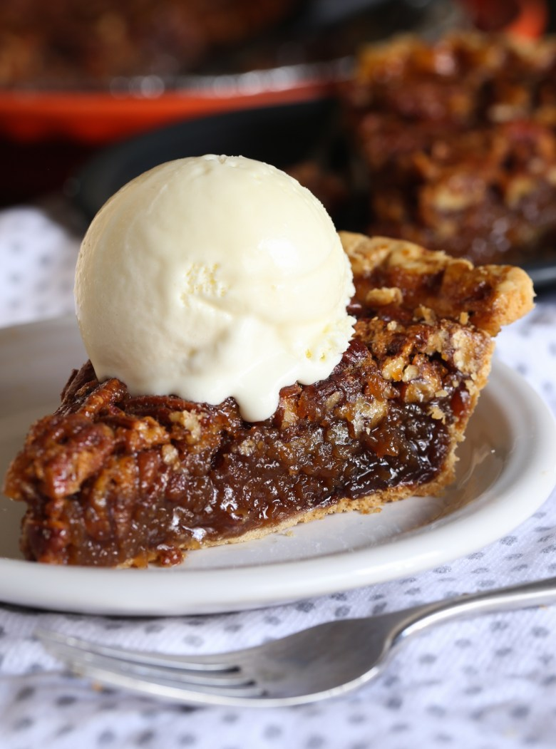 Best ever classic pecan pie