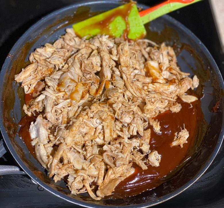 Easy homemade shredded bbq chicken