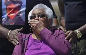 Louisiana State University Students Honour A 74 Year-Old Jessie Hamilton with $51,000. Thingscouplesdo.com