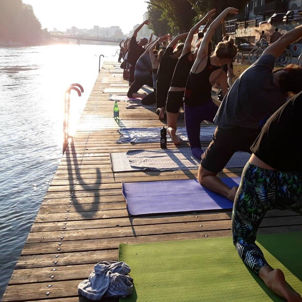 outdoor yoga geneva 2019