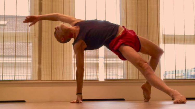 adult ballet or barre classes Geneva