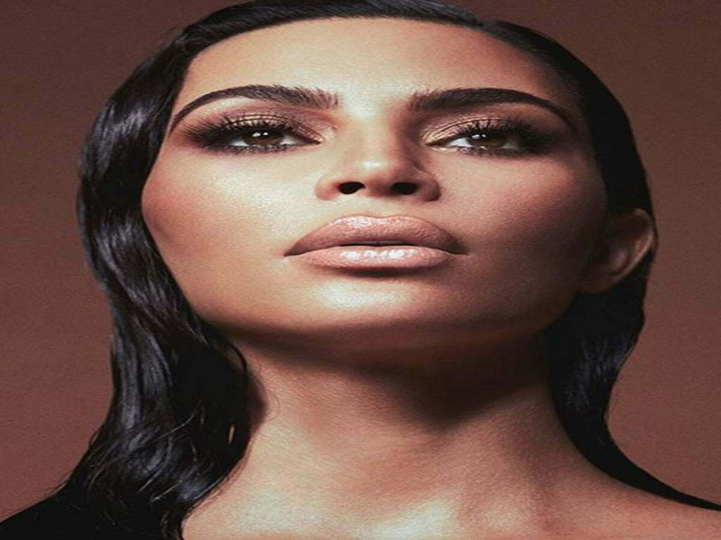 11 Nude Glosses From Kim Kardashian Is Amazing