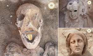 Egypt : Discovery Of A Mummy With A Golden Tongue