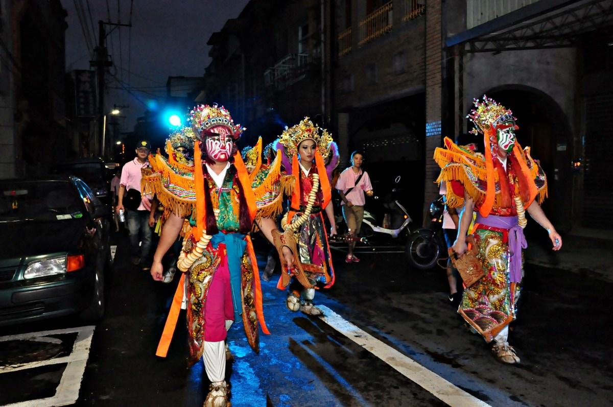 五月十三人看人:台北迎城隍