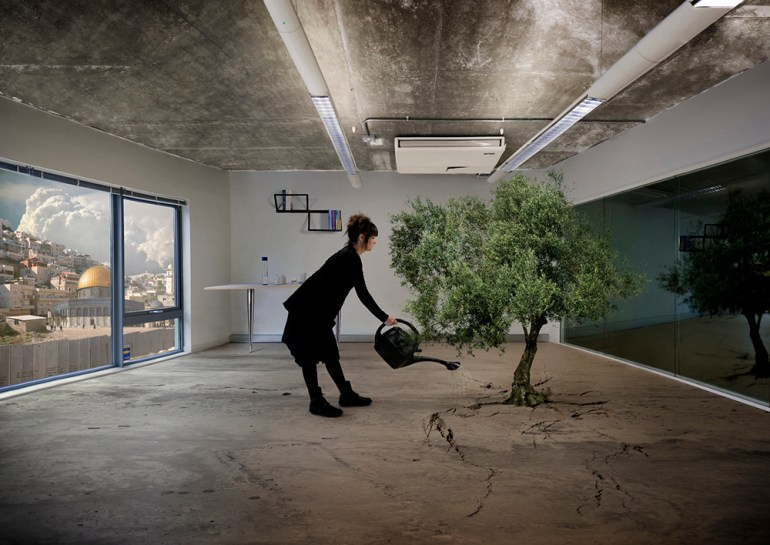 'Olive Tree', Nation Estate, Larissa Sansour (2012). © Larissa Sansour, with permission.