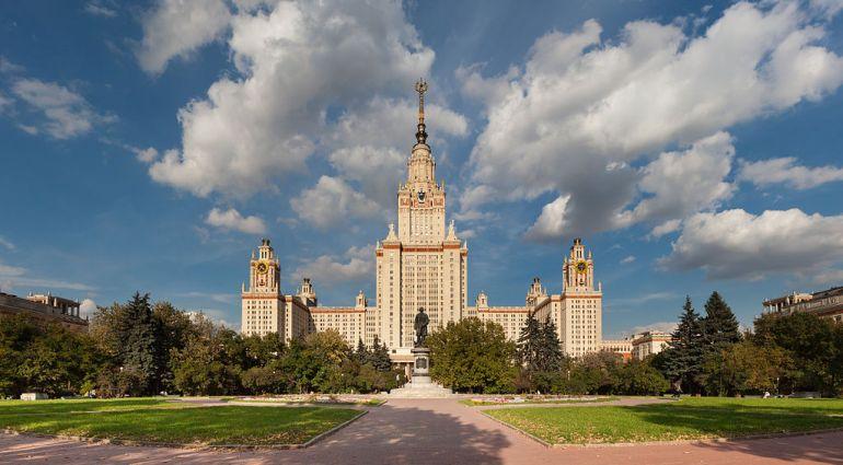 Svetlana-Ter_Minasova-My-Moscow-State-University-sparrow