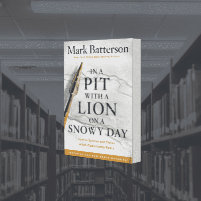 On the Bookshelf: In a Pit with a Lion on a Snowy Day