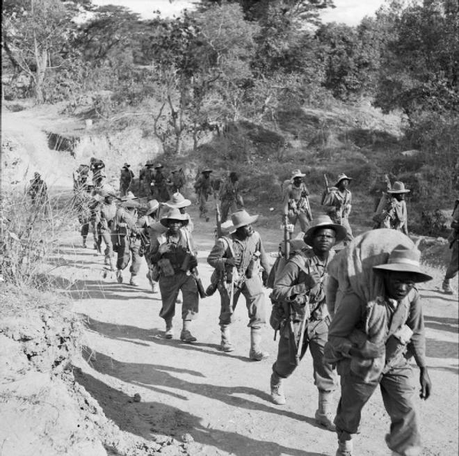 kar African_Troops_in_Burma_during_the_Second_World_War_SE1884