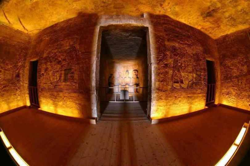 temple abu simbel - featured sunrise-4