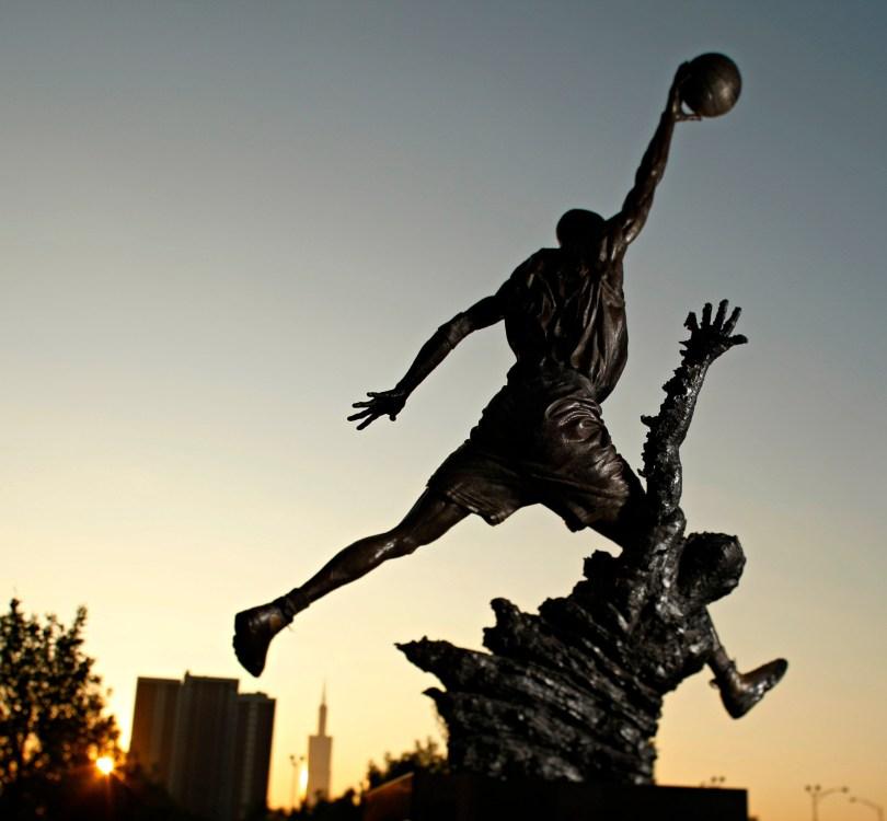 Jean Baptiste Pointe DuSable - feature image - chi-michael-jordan-statue-indoors-20150122